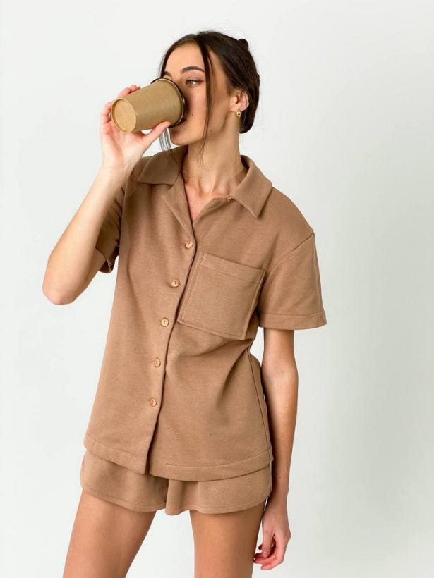 Костюм мокко шорты и рубашка