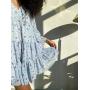Голубое ярусное платье в мелкий цветочек