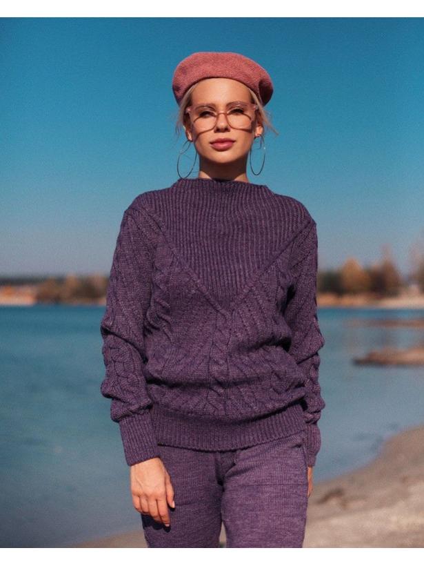 Фиолетовый шерстяной костюм с плетением в косы Estilo Diani