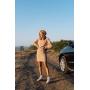 Теплый бежевый костюм с мини юбкой