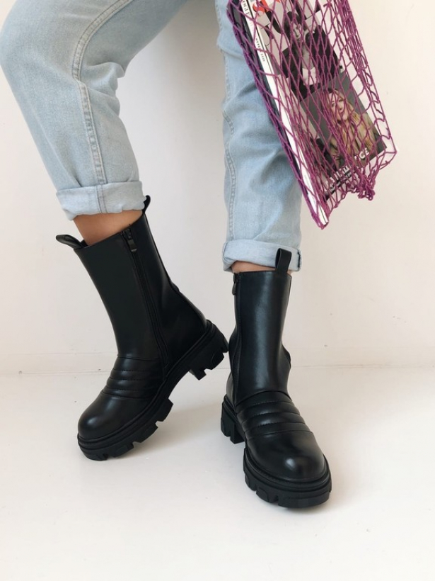 Черные высокие ботинки челси со стежкой Италия