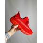Красные текстильные кроссовки