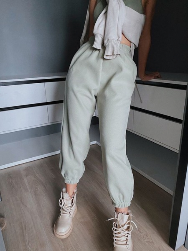 Теплые спортивные штаны джоггеры