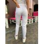 Белые джинсы mom