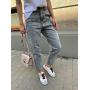 Светло-серые вареные джинсы mom