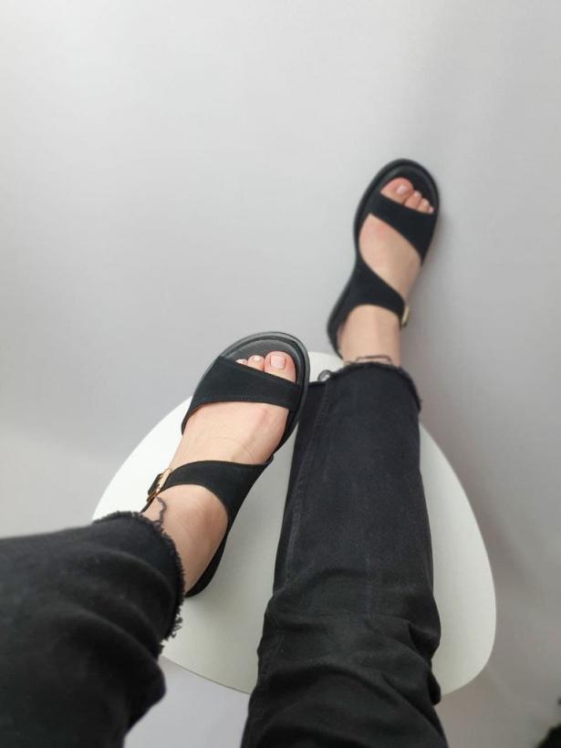 Черные замшевые натуральные сандалии