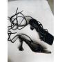 Черные босоножки на шпильках с завязками Италия