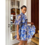 Голубое платье в цветы с воротником аскот