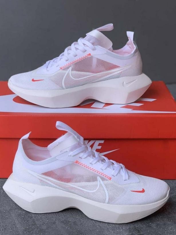 Белые кроссовки сетка Nike Vista Lite White
