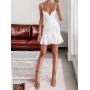 Белое мини платье жатка на бретельках