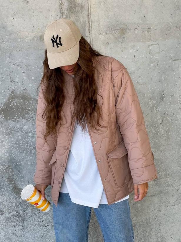 Стеганная пудровая куртка рубашка волнистый ромб