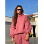 Конфетно-розовый теплый спортивный костюм