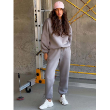 Серый теплый спортивный костюм с затяжкой