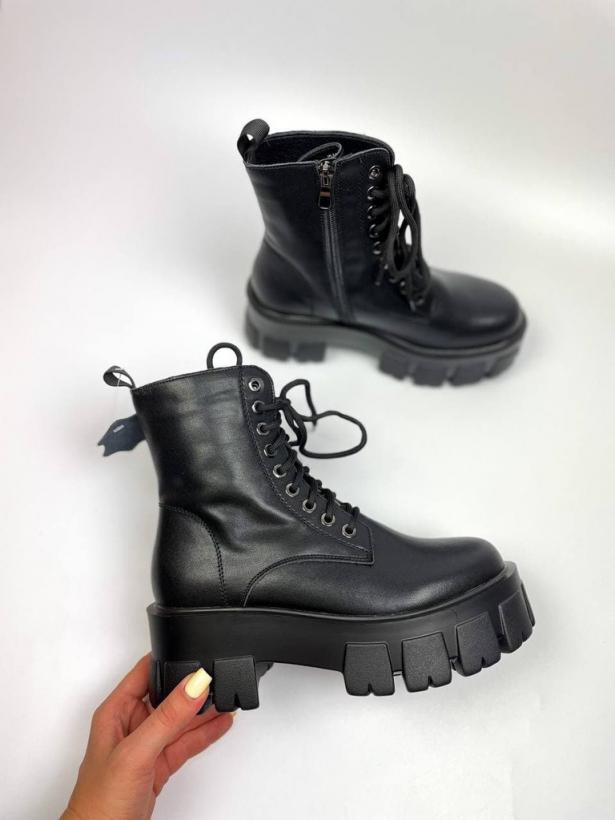 Грубые ботинки на тракторной подошве
