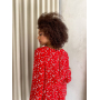 Красный комбинезон шортами в цветочек