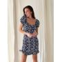 Синее приталенное платье мини в цветочек