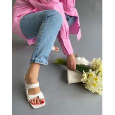 Белые шлепанцы на каблуках Италия