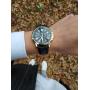 Черные часы Geneva с золотым оформлением