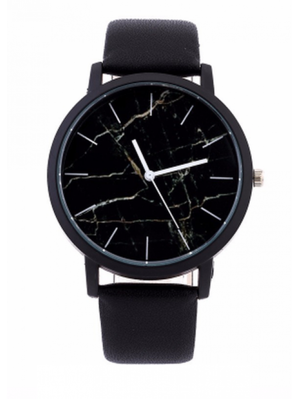 Черные часы с мраморным циферблатом