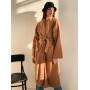 Бежевое длинное пальто кимоно с поясом