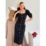 Черное льняное приталенное платье