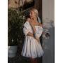 Белое короткое пышное платье с драпировкой