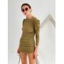 Оливковое платье мини на затяжках по бокам
