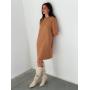 Прямое платье кэмел с длинным рукавом