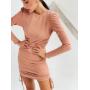Пудровое платье мини на затяжках по бокам