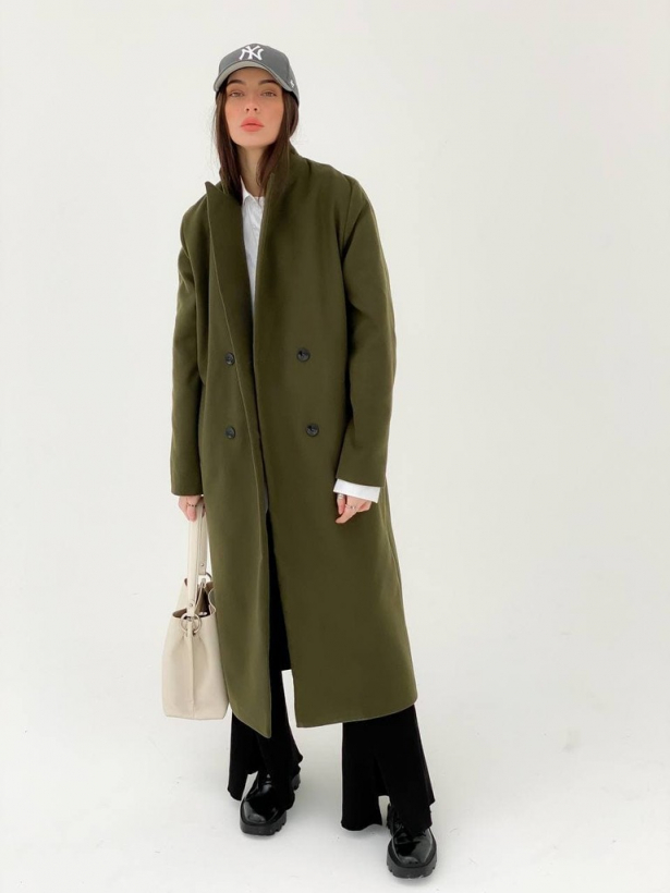 Прямое двубортное пальто хаки