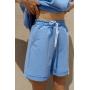 Голубой спортивный костюм с шортами