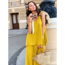 Желтый костюм с брюками палаццо
